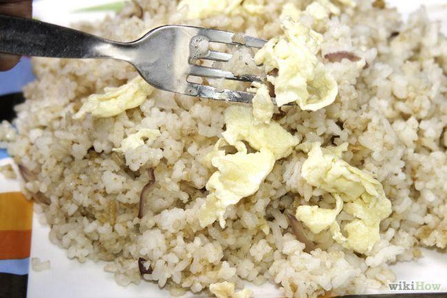 Imagen titulada hacer huevos fritos de arroz Paso 10