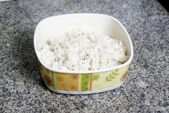 Imagen titulada hacer huevos fritos de arroz Paso 3