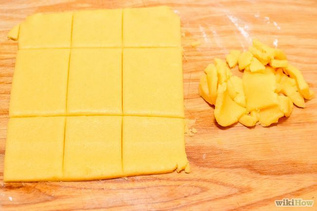 Imagen titulada Hacer galletas de mazapán Paso 15