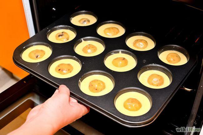 Imagen titulada Hacer una galleta de chocolate magdalenas de la pasta Paso 16