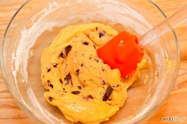 Imagen titulada Hacer una galleta de chocolate magdalenas de la pasta Paso 6