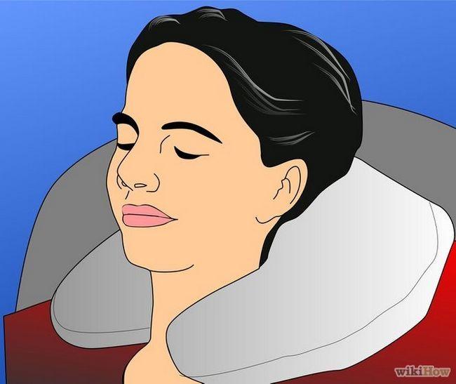 Imagen titulada estar cómodo en un viaje largo en avión Paso 2