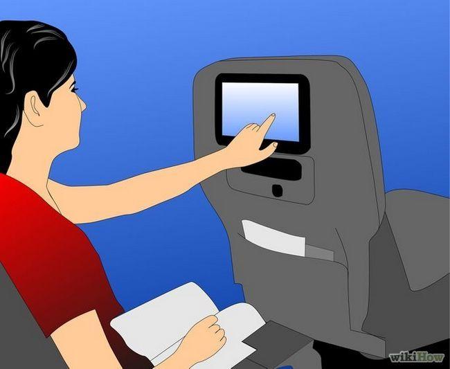 Imagen titulada estar cómodo en un viaje largo en avión Paso 5