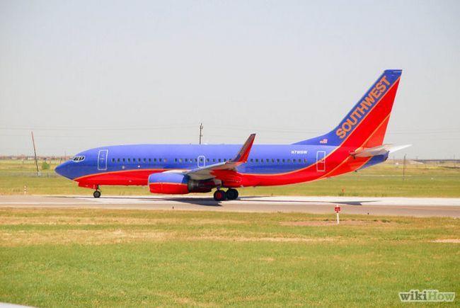 Imagen titulada conseguir un buen asiento en un avión Paso 4