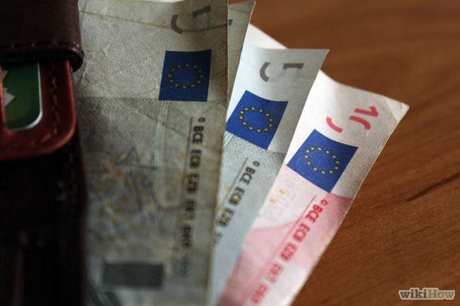 Imagen titulada obtener dinero en efectivo al viajar en Europa Paso 2