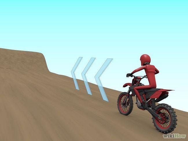 Como saltar sobre una carretera motocicleta