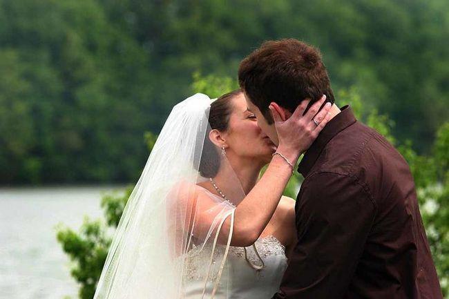 Imagen de la boda titulado & quot; Puede besar a la novia & quot; 458