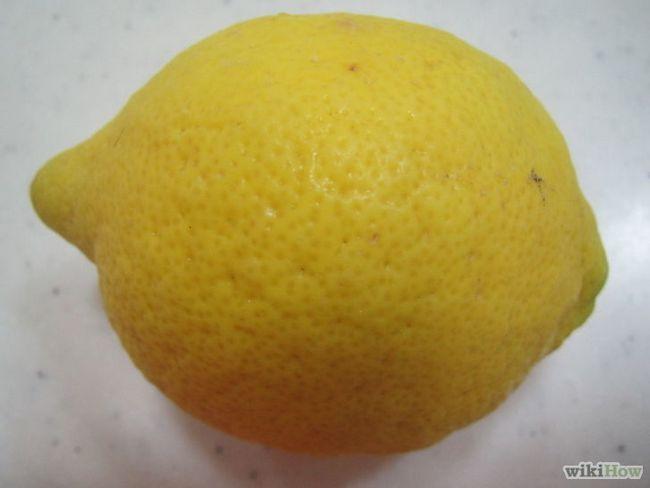 Imagen titulada Use cáscaras de frutas cítricas en el hogar y jardín Paso 3