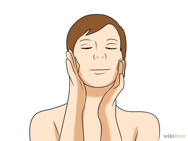 Imagen titulada Uso Aceite de almendras para la piel Aging_Dry Paso 3