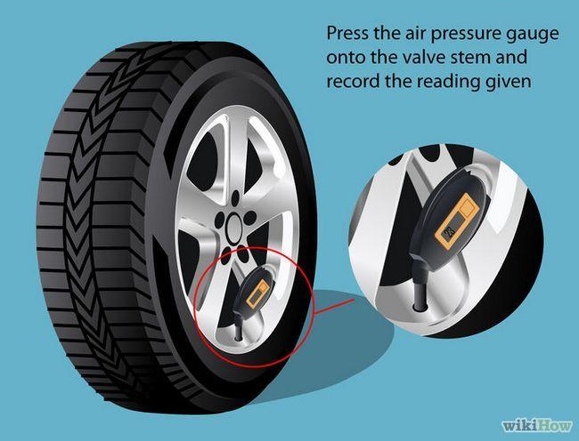 Imagen titulada Comprobar la presión de las ruedas Paso 4
