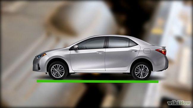 Imagen titulada Revisión del nivel de aceite del coche en el paso 2