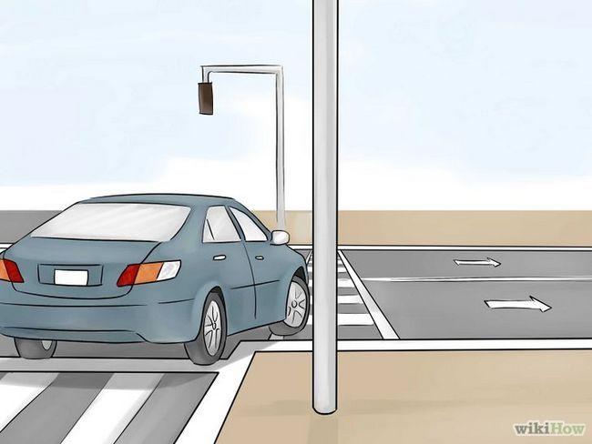 Imagen titulada girar a la derecha en la luz roja Paso 10