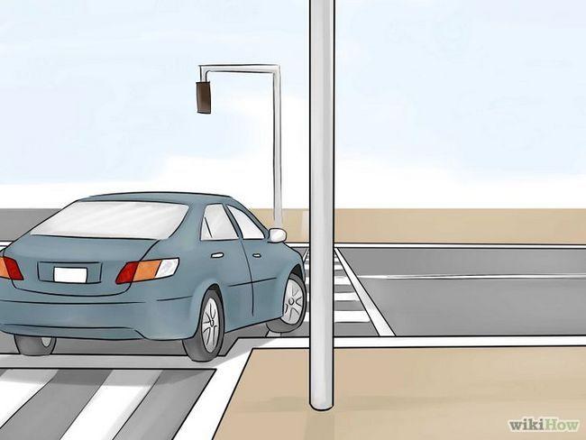 Imagen titulada girar a la derecha en la luz roja Paso 7